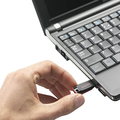 SanDisk Cruzer Blade 8GB flash drive